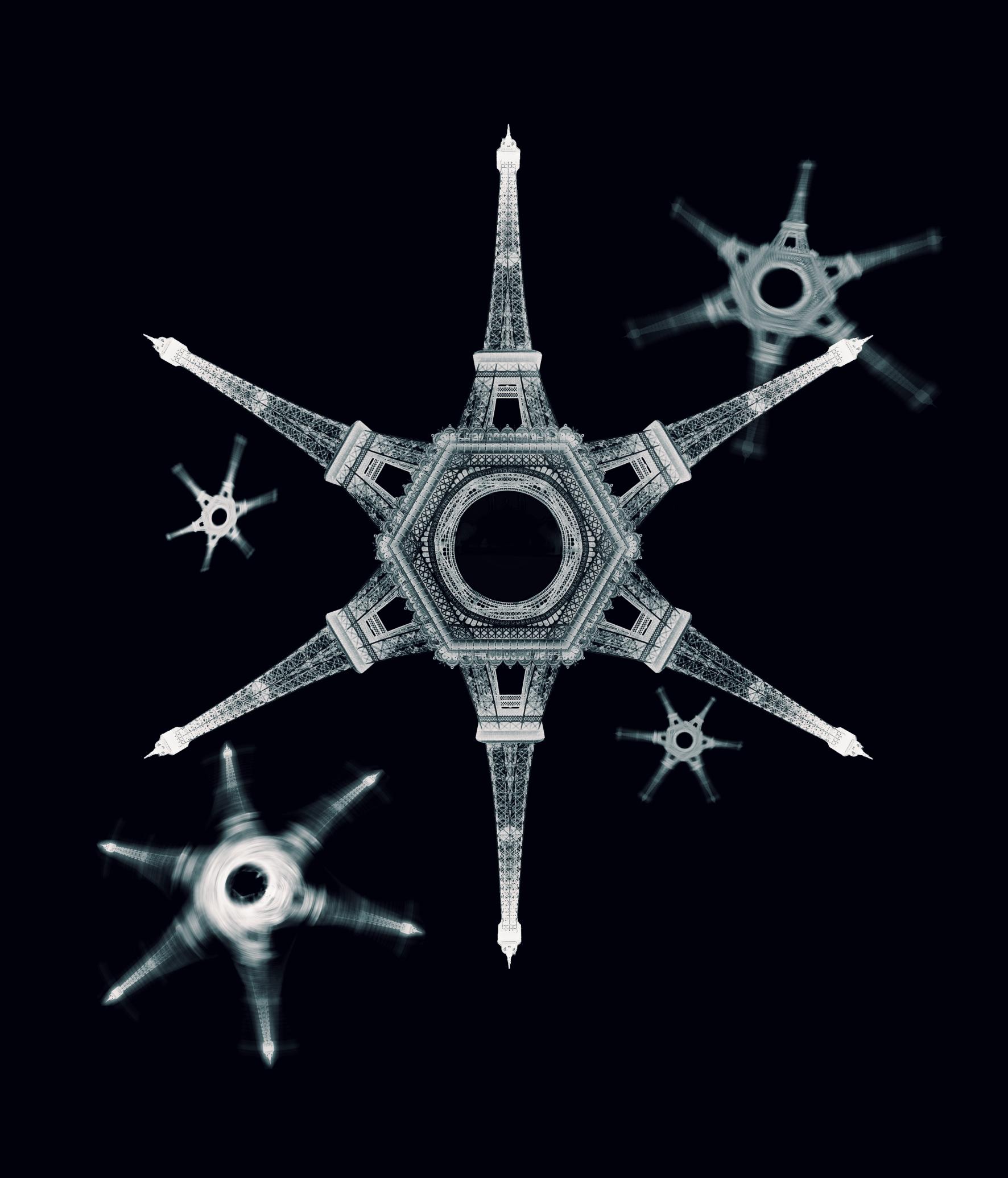 Eiffel_neige_black