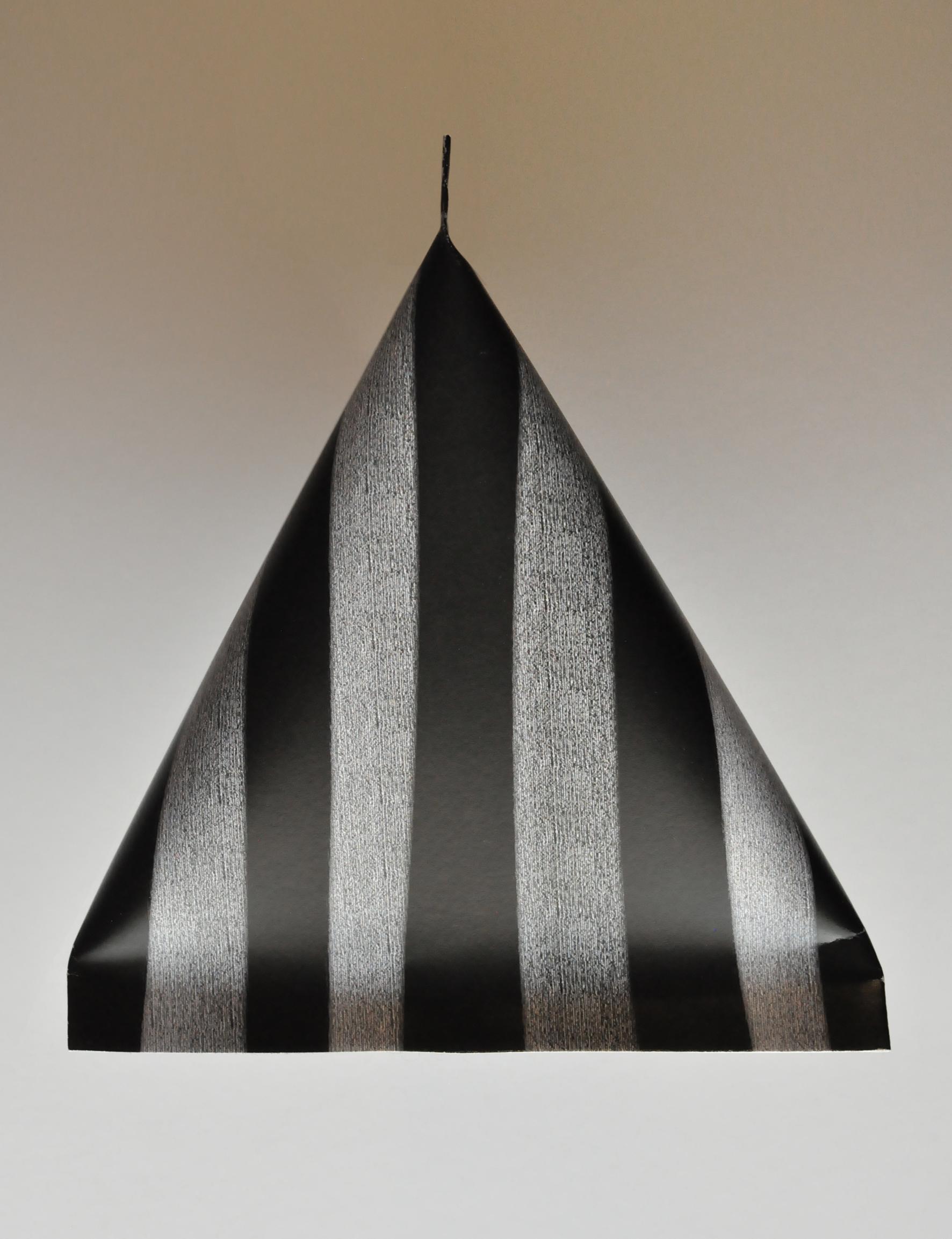 Humbug Pyramid Packaging. Dougie Scott