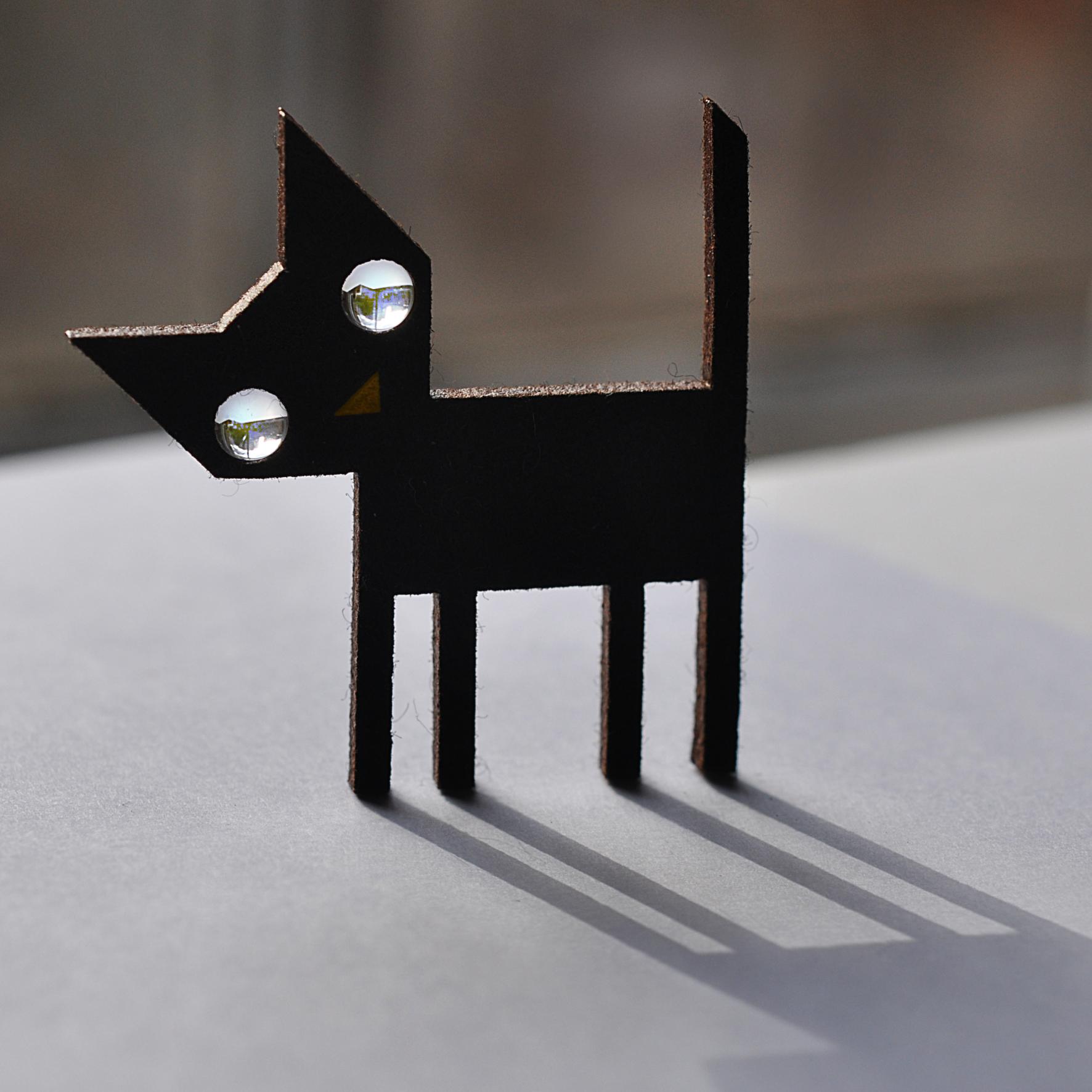 Cat's Eyes. Dougie Scott